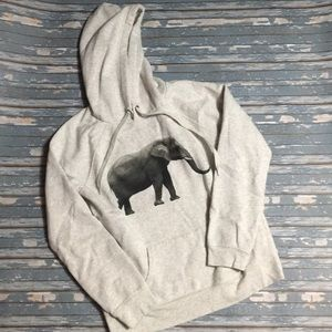Forever 21 elephant Grey sweater size medium